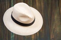 Chapeau traditionnel d'Antioquian - chapeau traditionnel fait de la paume d'Iraca photos libres de droits