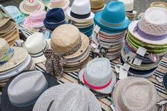 Chapeaux dans un magasin Photographie stock
