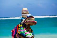 Chapeaux et écharpes colorés Photographie stock libre de droits
