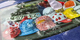 Chapeaux promotionnels pendant le Tour de France de le Photographie stock