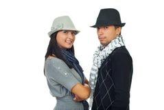 Chapeaux s'usants de couples modernes photo libre de droits