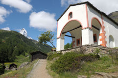 Chapel at Furri with Matterhorn Royalty Free Stock Images