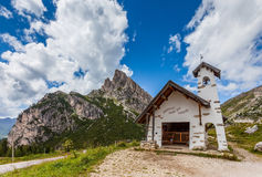 Chapel on the road in the mountains Royalty Free Stock Photography