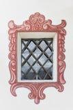 Chapelle catholique pittoresque de fenêtre peinte par fée Images libres de droits