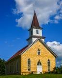 Chapelle dans le cimetière dans le Wisconsin images stock