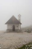 Chapelle de montagne en Italie Photos libres de droits