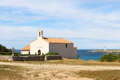 Chapelle de Sainte Croix àLa Couronne,地中海的法国 免版税库存图片
