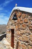 Chapelle en haut d'une montagne en Grèce sur l'île de Rhodes Images libres de droits