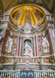 Chapelle latérale dans l'église du ` Agostino de Sant à Rome, Italie Photos libres de droits
