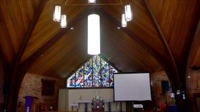 Chapelle ou pompes funèbres religieuse pour des funérailles banque de vidéos
