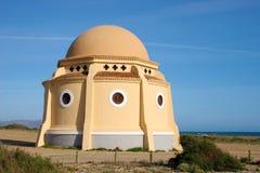Chapelle sur la plage Image stock