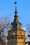 Chapitel de la torre del castillo Foto de archivo