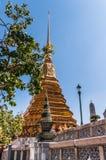 Chapitel magnífico del templo del palacio Fotos de archivo