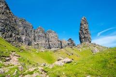 Chapiteles de la roca en la isla de Skye Imagen de archivo