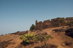 Chapora fort i Goa Arkivbild