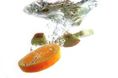 Chapoteo de la fruta fotografía de archivo libre de regalías