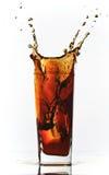 Chapoteo de la soda de la cola Imagenes de archivo