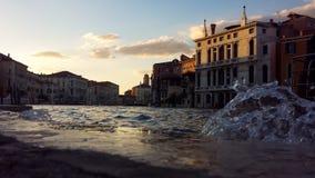 Chapoteo de Venecia foto de archivo libre de regalías