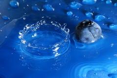Chapoteo del agua Imagenes de archivo