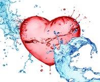 Chapoteo del agua del corazón del amor Imágenes de archivo libres de regalías