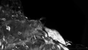 Chapoteo del agua que burbujea almacen de metraje de vídeo