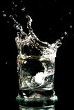Chapoteo del alcohol imágenes de archivo libres de regalías