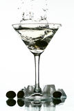 Chapoteo del alcohol fotos de archivo