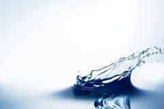 Chapoteo hermoso del agua imágenes de archivo libres de regalías