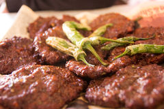 Chappal Kabab - stång B Q Royaltyfria Foton