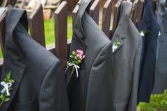 Chaquetas de la boda fotos de archivo