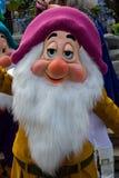 Charaktere Disneylands Paris während einer Show Lizenzfreie Stockfotos