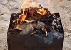 Charbons pour la cuisson Images stock