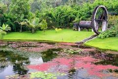 Charca colorida y Watermill Imagenes de archivo