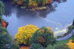 Charca de Central Park, otoño Imagenes de archivo