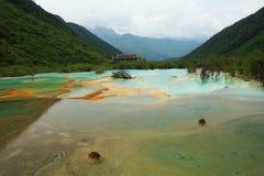 Charca del color de Huanglong cinco Imagen de archivo