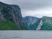 Charca occidental del arroyo en Gros Morne National Park Imagen de archivo libre de regalías