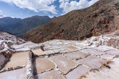 Charcas de la sal en Maras en Cusco, Perú imagen de archivo