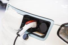 Chargeur de voiture électrique Photos libres de droits