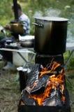 Chargrill con un vaso d'ebollizione Immagini Stock Libere da Diritti