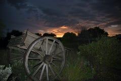 Chariot au lever de soleil Photo stock