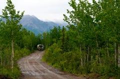 Chariot couvert en bois de Mt Images libres de droits