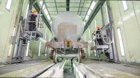 Chariot de fret pour l'huile dans le hangar démonstration d'un chariot de fret, wagon couvert pour des liquides dans la boîte Vie Photographie stock libre de droits