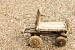 Chariot en bois Photos stock