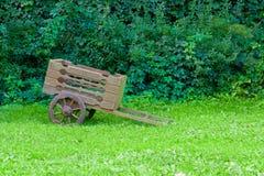 Chariot en bois de vintage Photographie stock