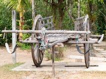 Chariot en bois de vintage thaïlandais Photographie stock libre de droits