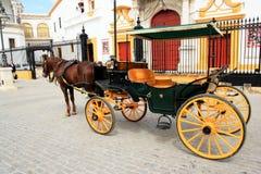 Chariot et cheval en Séville, Espagne Photographie stock