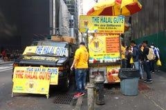 Chariot halal de nourriture Photos stock