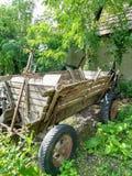 Chariot pour charger le maïs images libres de droits