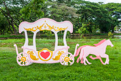 Chariot romantique rose Photo libre de droits