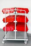 Chariot rouge à stocks photo libre de droits